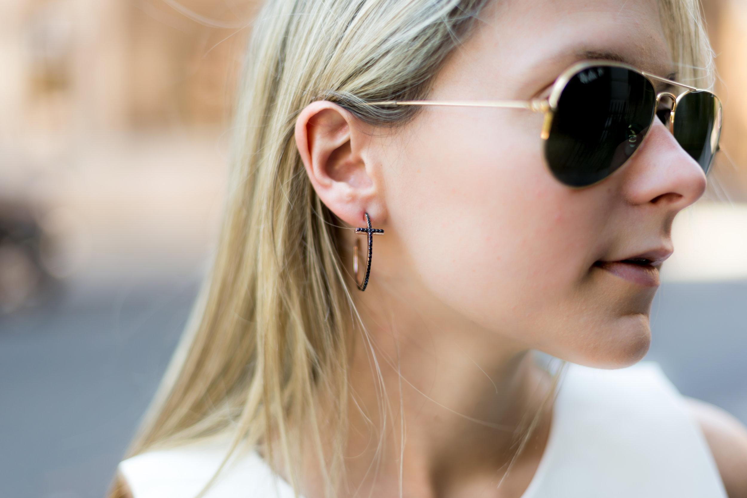tous_cross_Earrings