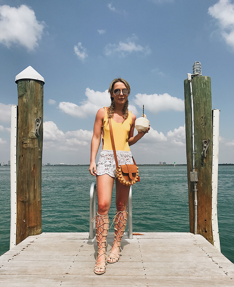 one-piece-swimsuit-summer
