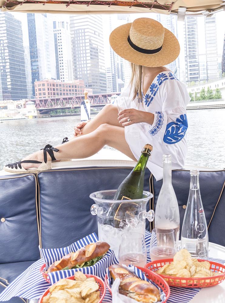 river boat Chicago