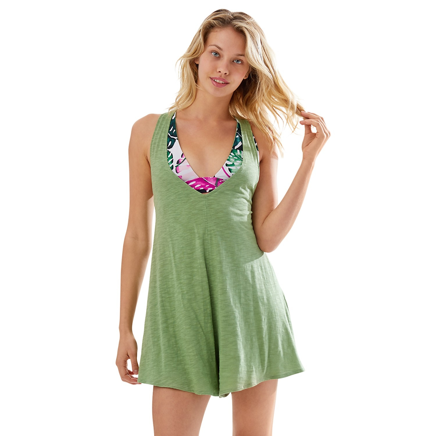 Shop this romper by clicking on the image or   HERE  .