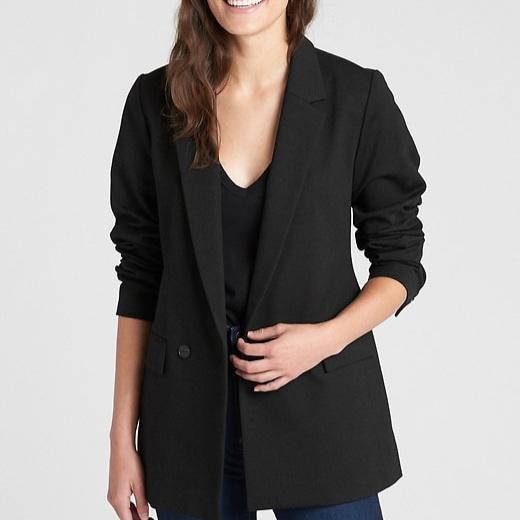 black-suits-christie-ferrari-dr-c-6