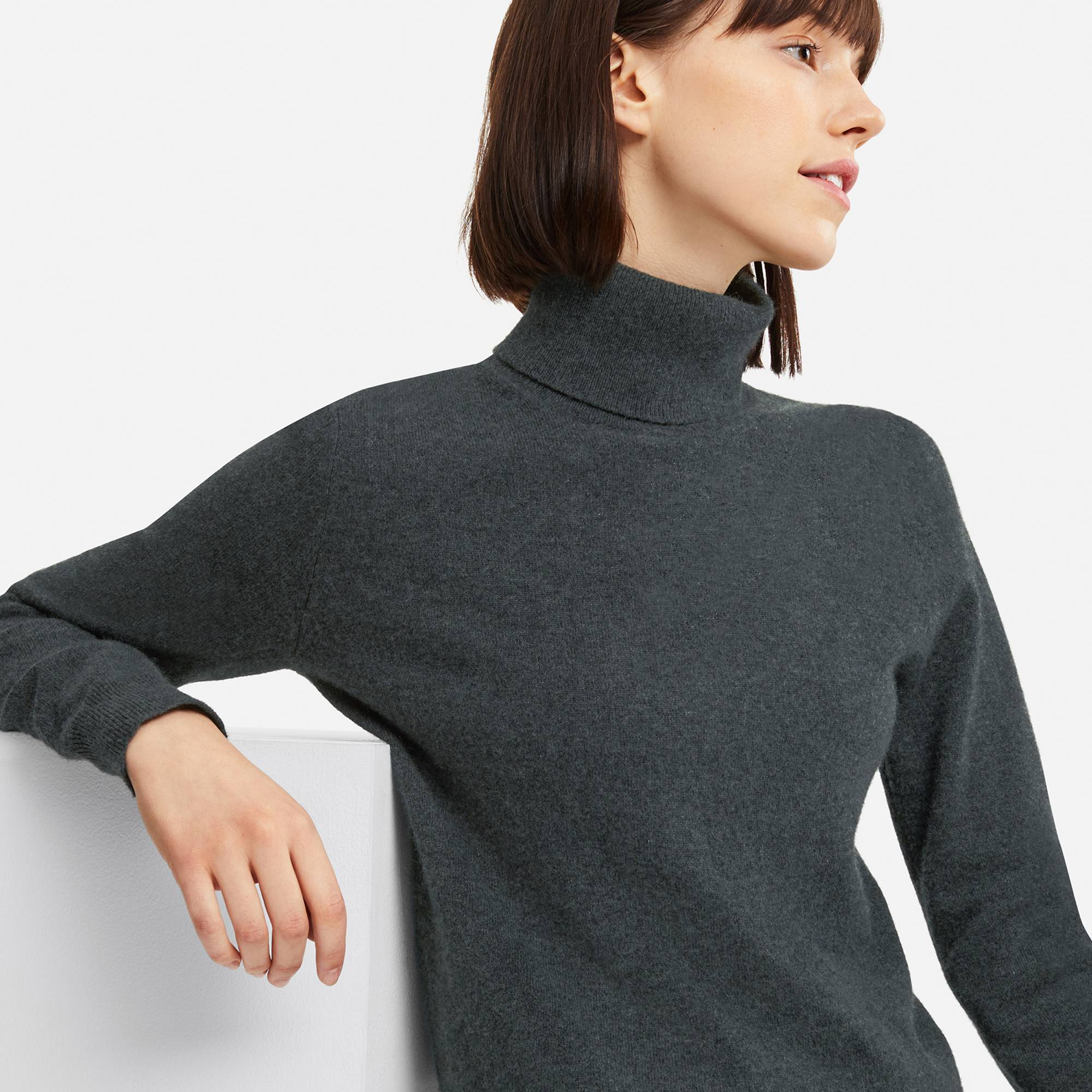 gray-sweater-turtleneck