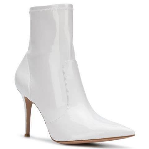 gianvito-rossi-white-booties-christie-ferrari