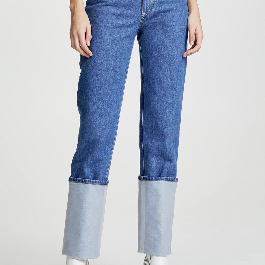 ksenia-schnaider-jeans-christie-ferrari