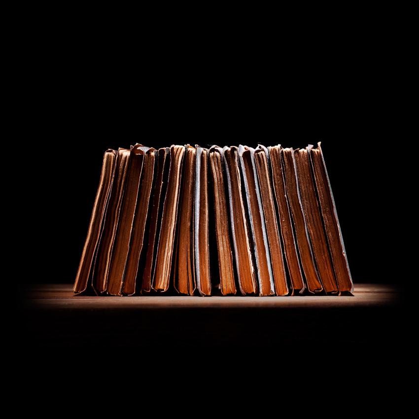 18_BooksRow_3998_WIP1.jpg