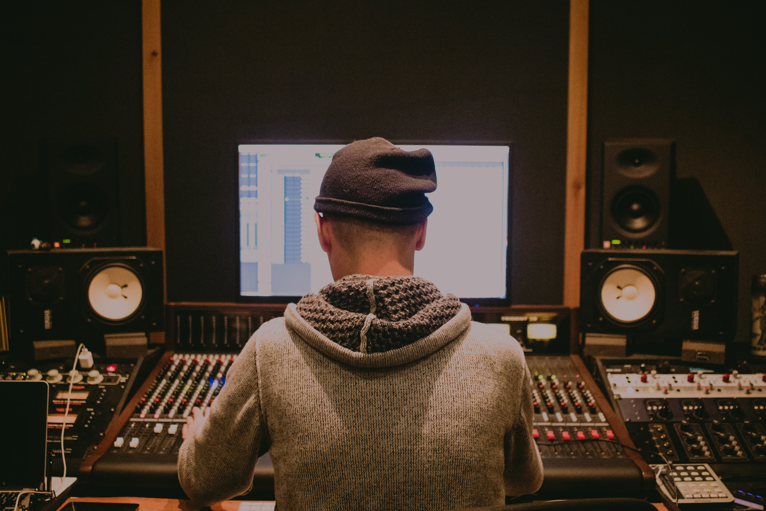 Joey Gurwin - The Captain at the Helm of Oranjudio Studios