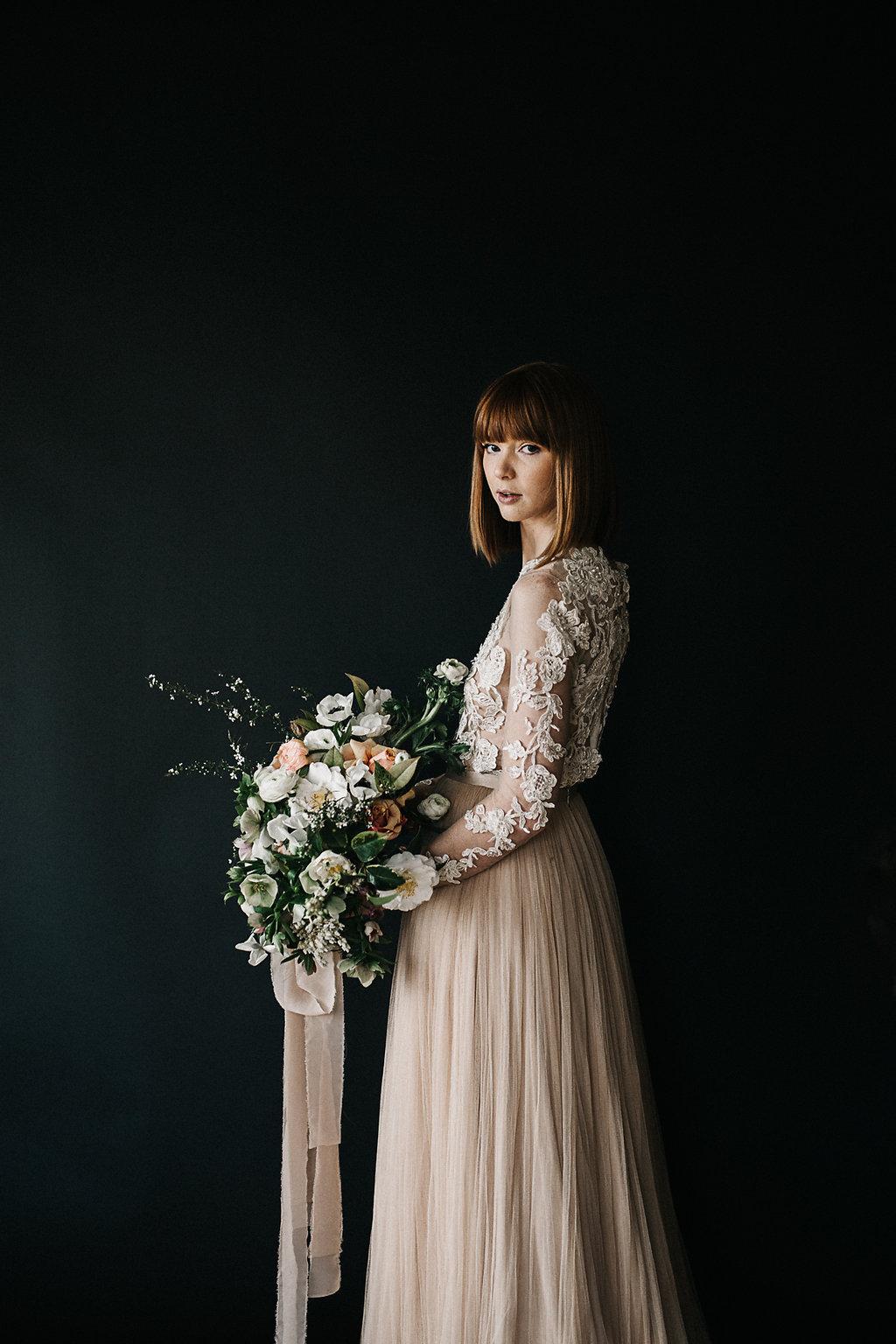 artistic bridal bouquet- selva jess hunter072.jpg