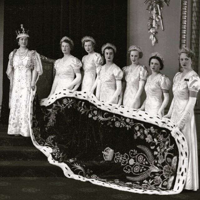 Queen Elizabeth's coronation with her 6 Maids of Honor😍 There's just nothing like an epic train, right?⠀ ⠀ Fun fact: the Queen's coronation was attended by 8,251 people!⠀ .⠀⠀ .⠀⠀ .⠀⠀ .⠀⠀ #stjames1868 #milwaukeeevent #milwaukeevenue #milwaukeeweddings #eventspace #mke #weddingvenue #marriedinmilwaukee #mimfamily #milwaukeeweddingvenues #milwaukeeweddingvendors #dearMKE #entrepreneurlife #marquettecampus #royalwedding