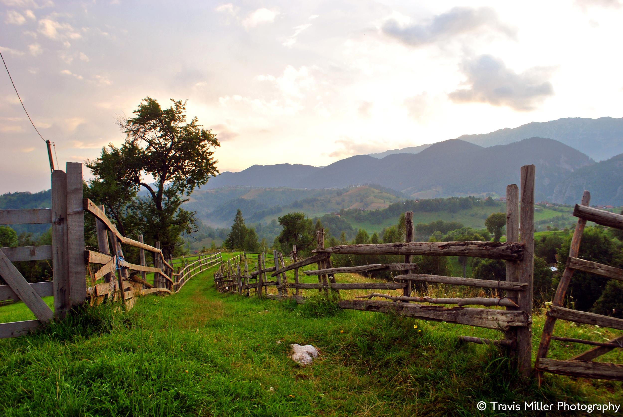 Hilltop Village /  Magura, Romania