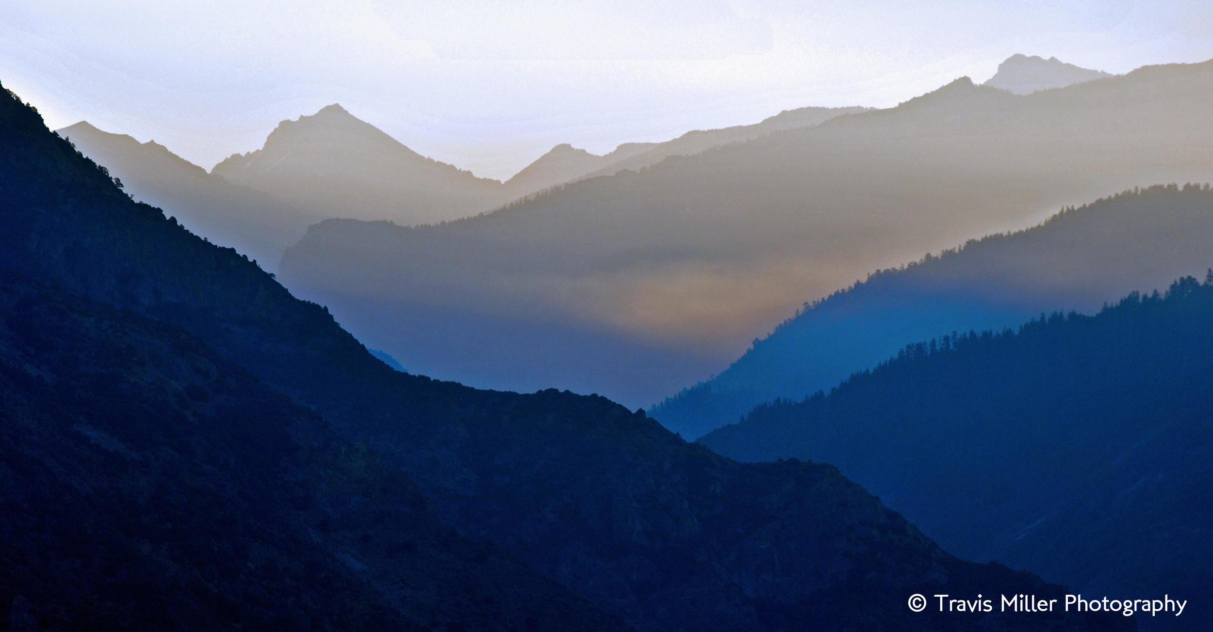 Kings Canyon, at Dawn /  Kings Canyon National Park, CA