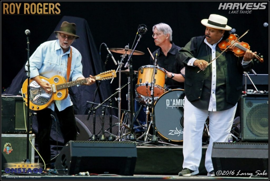 Roy Rogers, left, Kevin Hayes and Carlos Reyes welcome Tahoe crowd with a rousing 45-minute set.   Tahoe Onstage photos by Larry Sabo