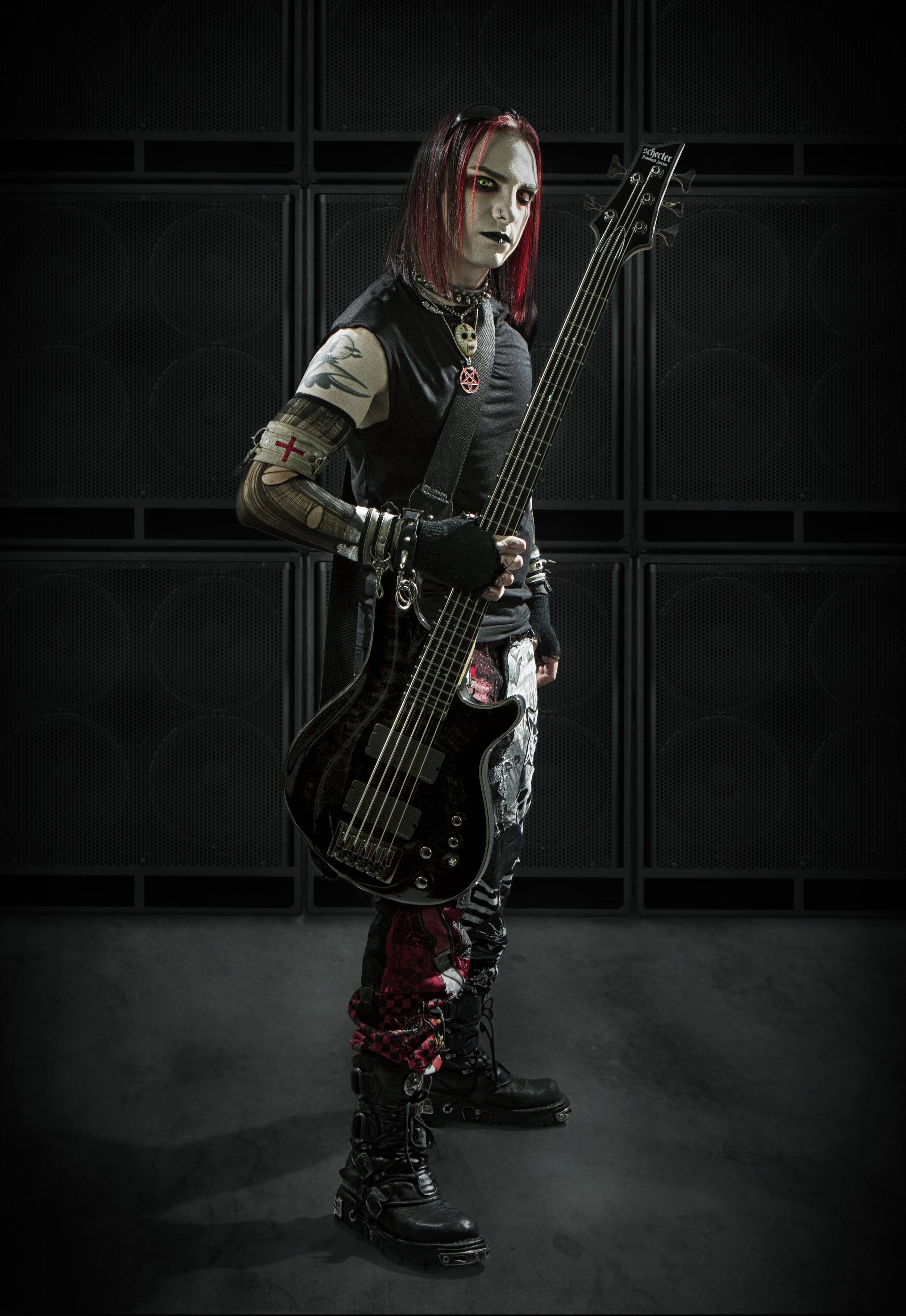 IMG_0146_SCHECTER_THEDRO_PR.jpg