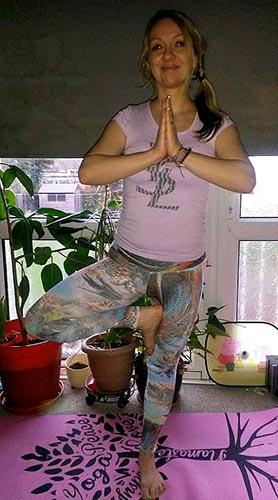 Tree Pose Giveaway 105.jpg