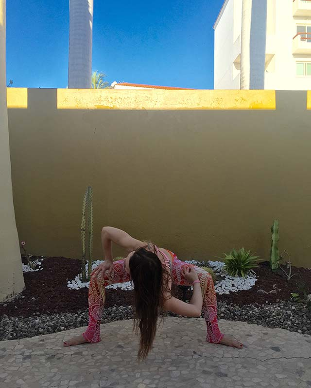 Goddess Yoga Pose 9.jpg