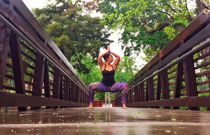Goddess Yoga Pose 25.jpg