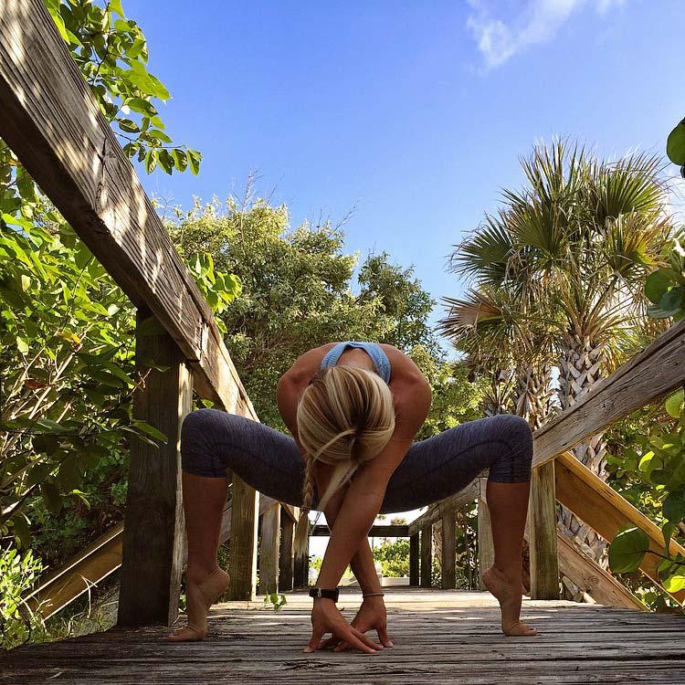 Goddess Yoga Pose 86.jpg