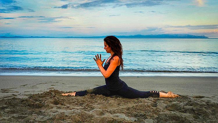 Traveling Yogis Yoga Pose 30.jpg