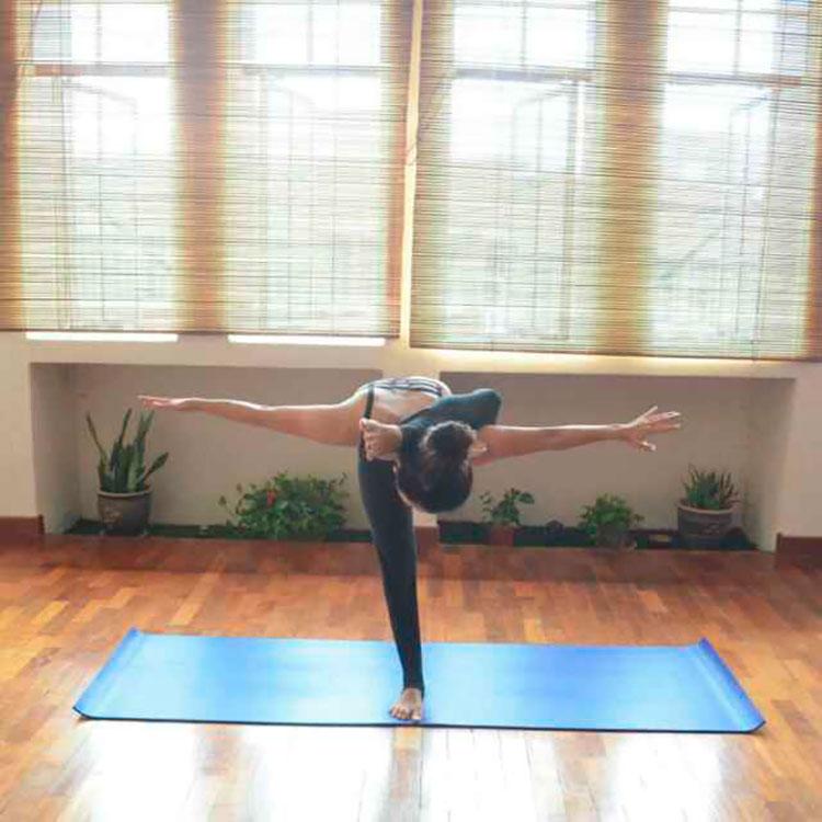 Traveling Yogis Yoga Pose 34.jpg