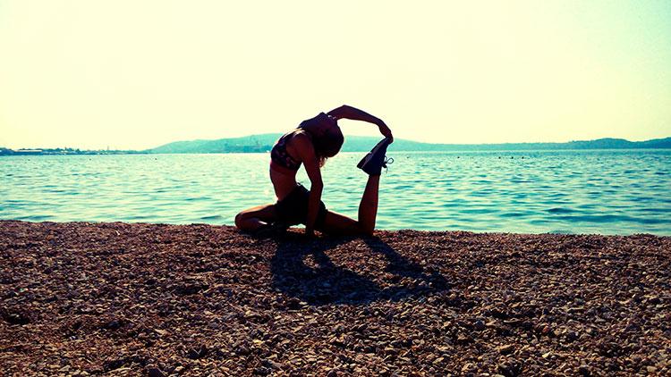 Traveling Yogis Yoga Pose 80.jpg