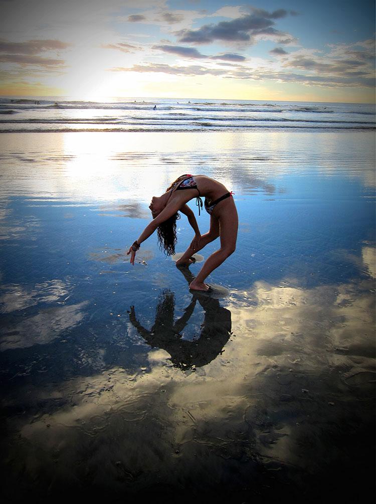 Traveling Yogis Yoga Pose 100.jpg