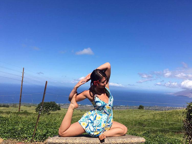 Traveling Yogis Yoga Pose 148.jpg