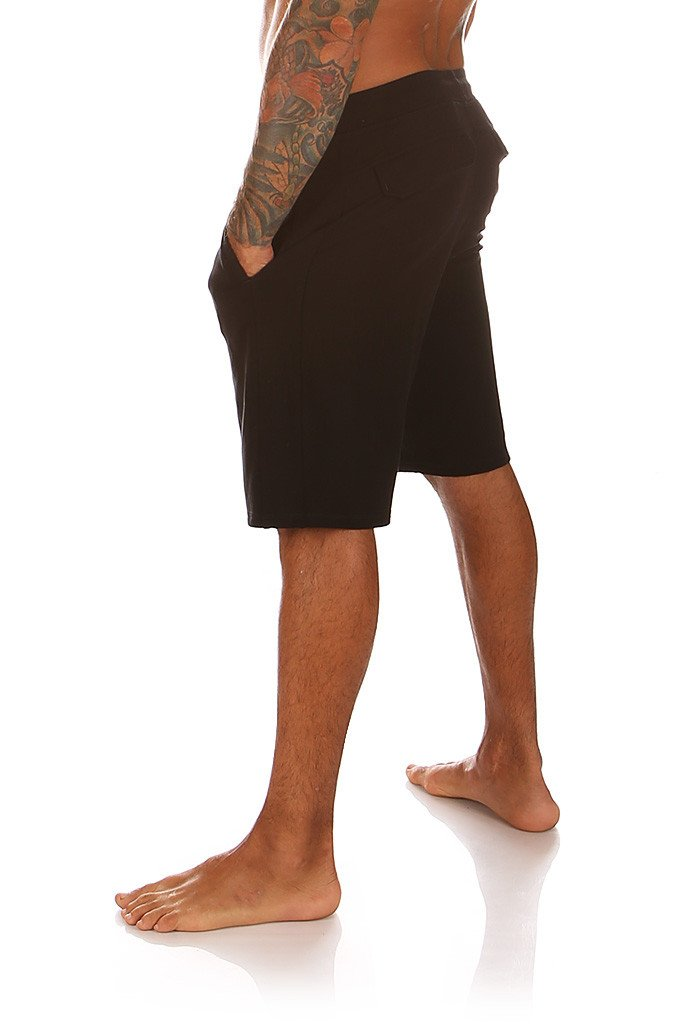 Seba-Short-Mika-Yoga-Wear-04_f38220f3-ff4b-487e-b035-88a514593ccc_1024x1024.jpg