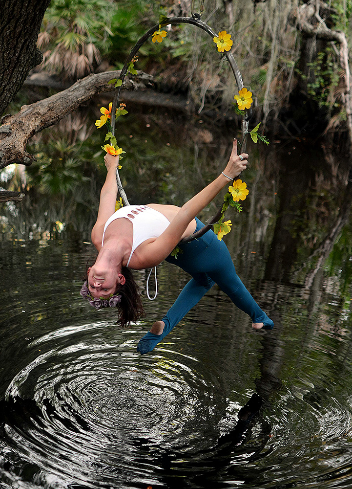 Mika-Yoga-Wear-Lyra17.jpg
