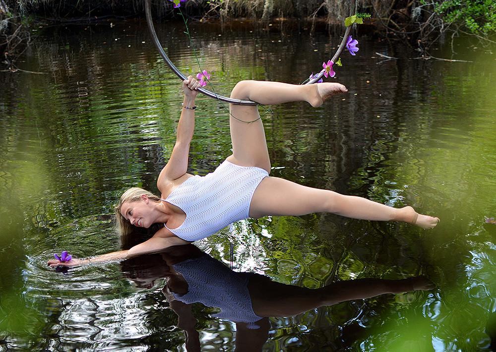 Mika-Yoga-Wear-Lyra20.jpg