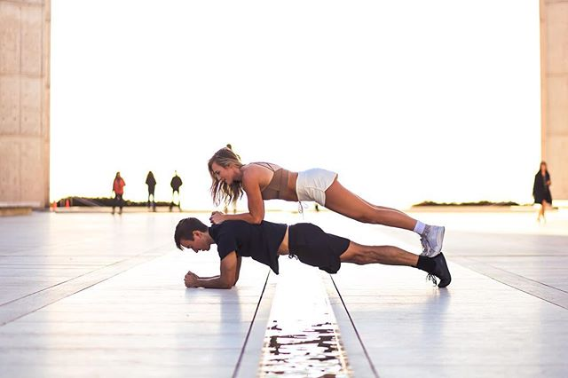 We love a good plank as much as the next person, but @darcyelizabethfit and @daneburkland are taking it to the next level 💪 Wearing the new men's athletic short, Cristobal, the Layla top, and our women's athletic short, Marina.  PC @lcostaphoto  #mikayogawear #planking #peoplewhoworkout