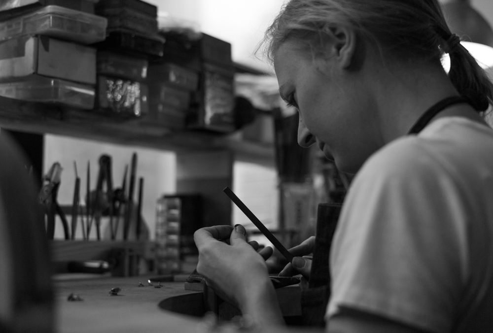 Malin Ohlsson at the jewellery bench