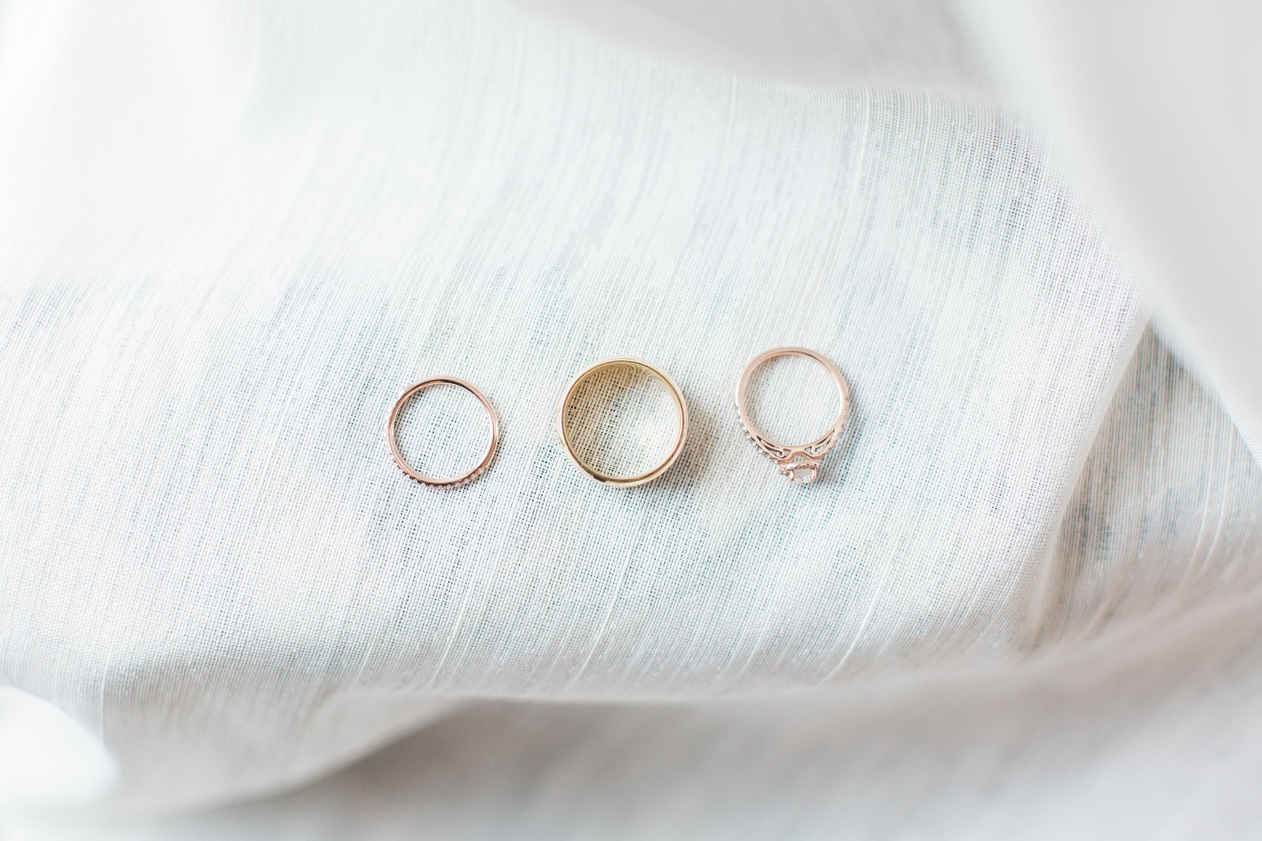 06-wedding-rings-on-white.jpg