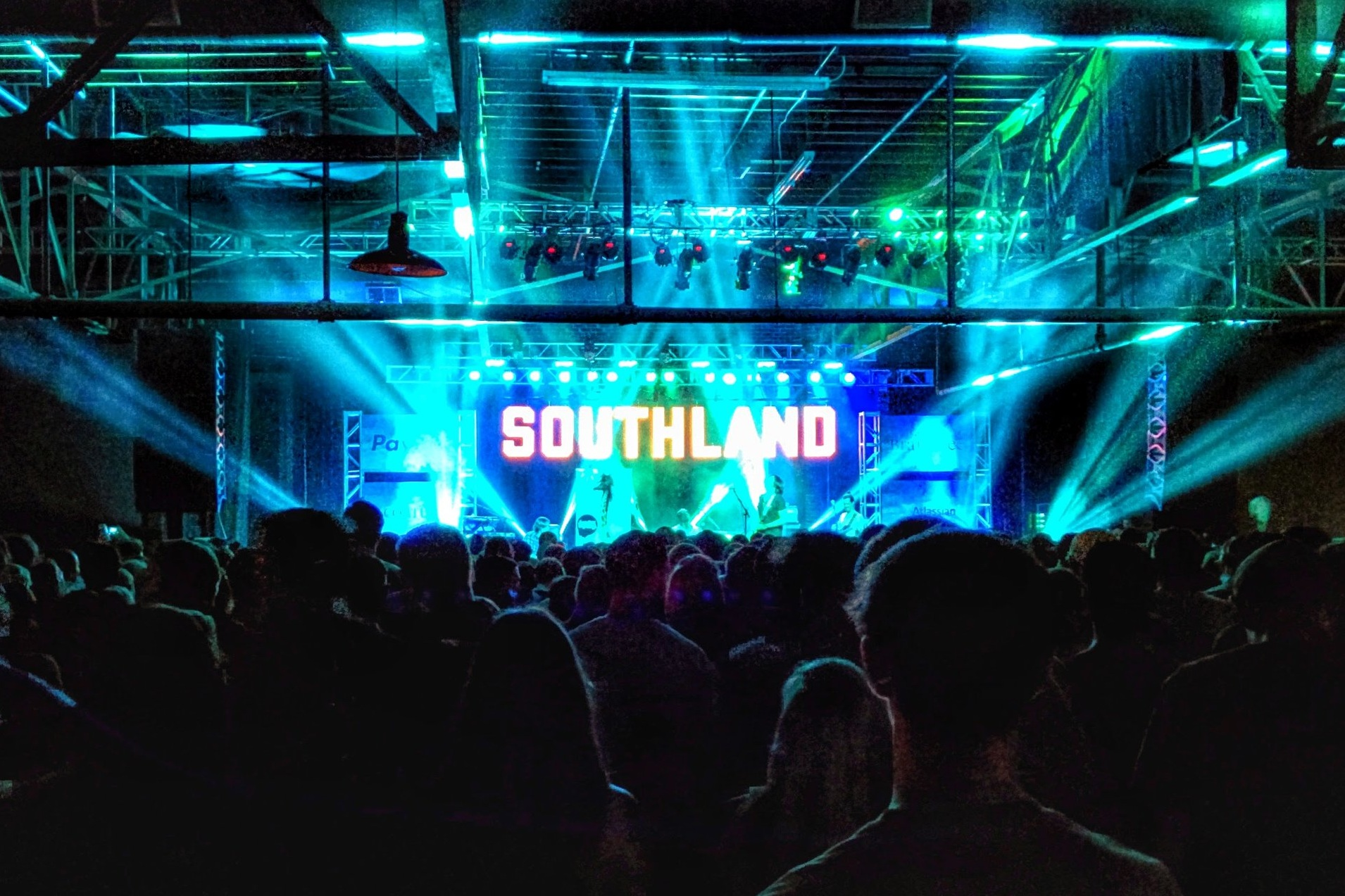 Southland_Live.jpg