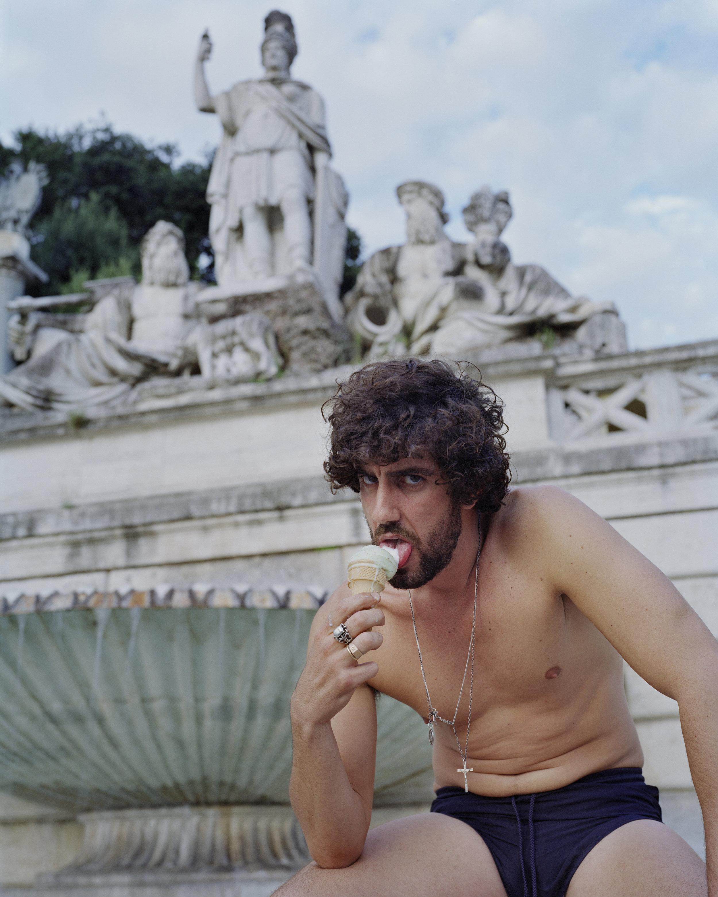 Mangia Gelato (Piazza del Poppolo) , Large Format photograph, 150 x 120 cm, 2015-2018