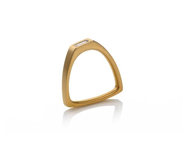 ruberg asymetric ring