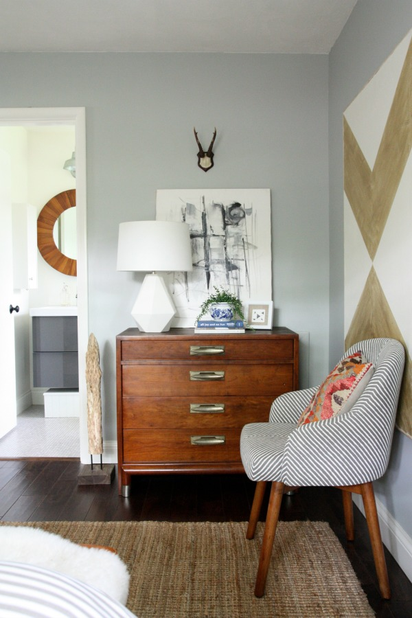 Inspiring example of mixing original vintage interiors with contemporary design. Image taken from  House Tweaking.