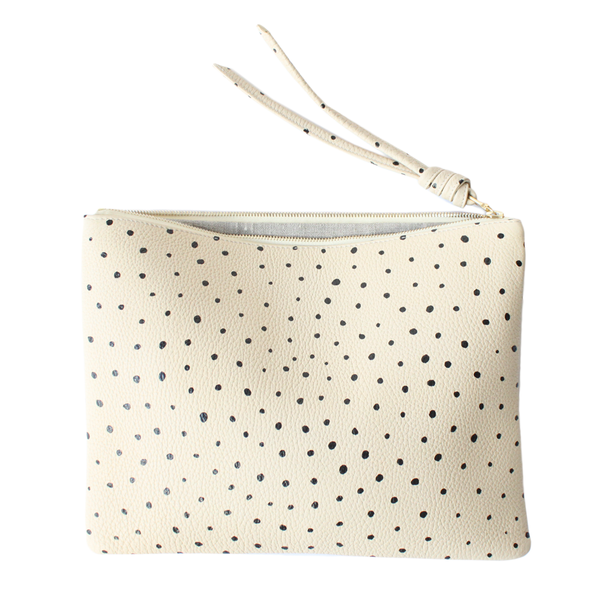 Large+Dotty+Pouch+.png