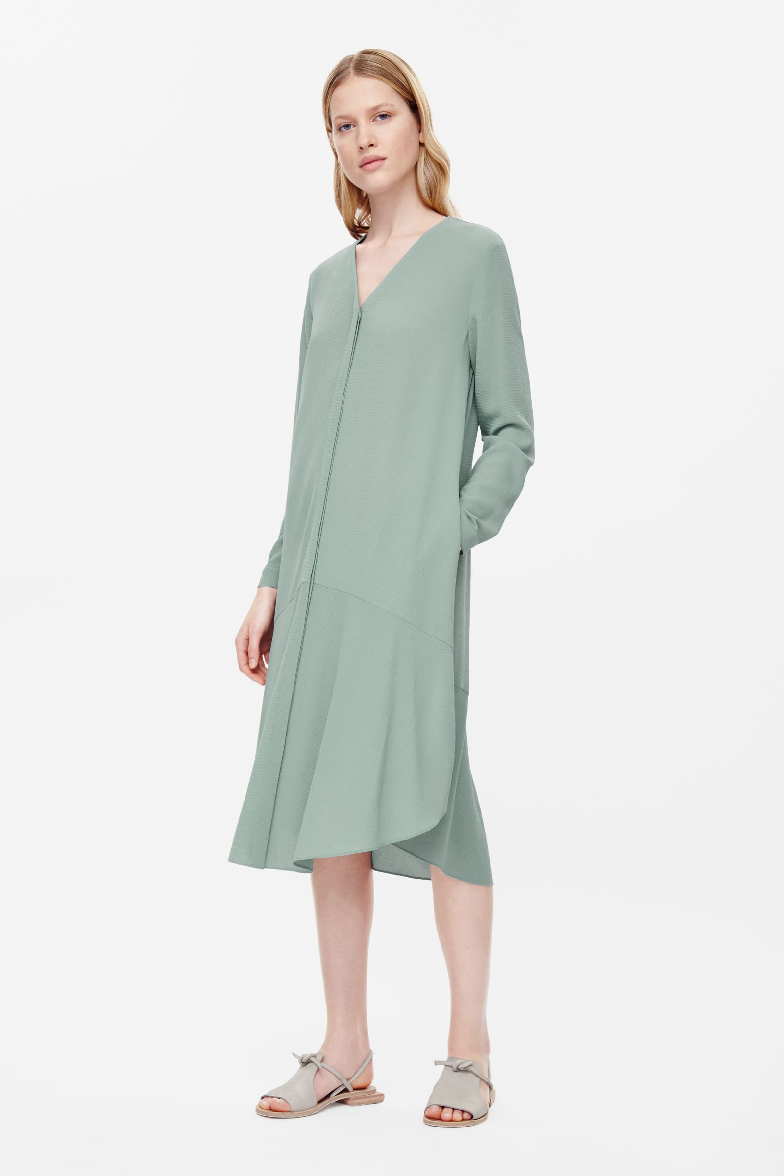 object style COS anti fit dress .jpg