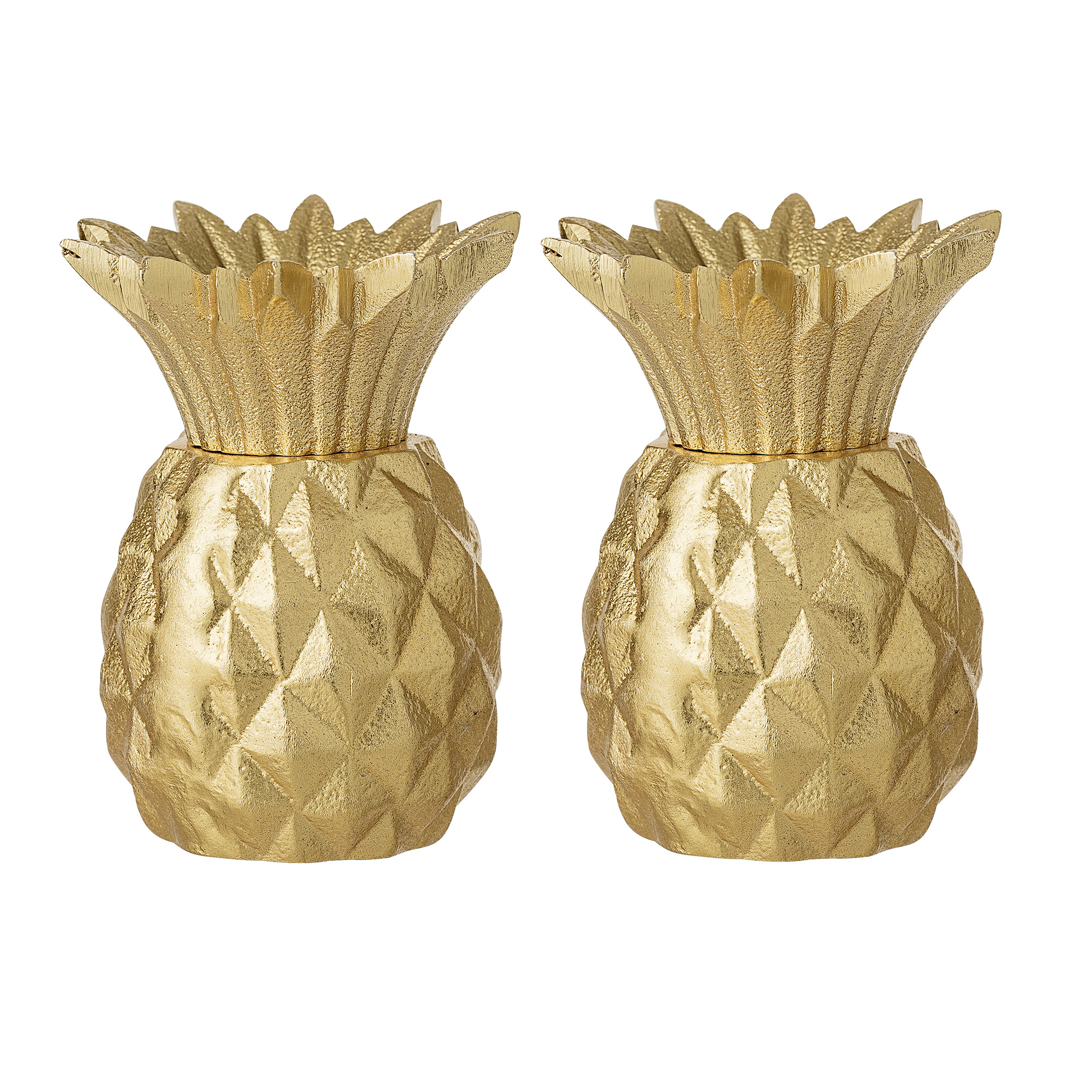 #019   Gold Pineapple Salt + Pepper Shakers     Hire Price per set £5.30 Minimum Order 3 sets  Current Stock Available 12 sets