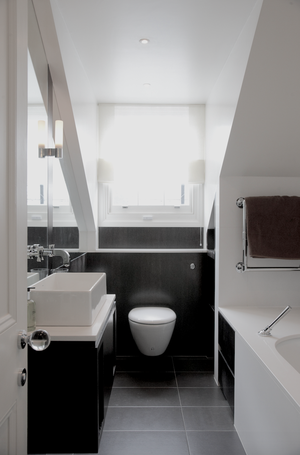 A guest bathroom under the eaves