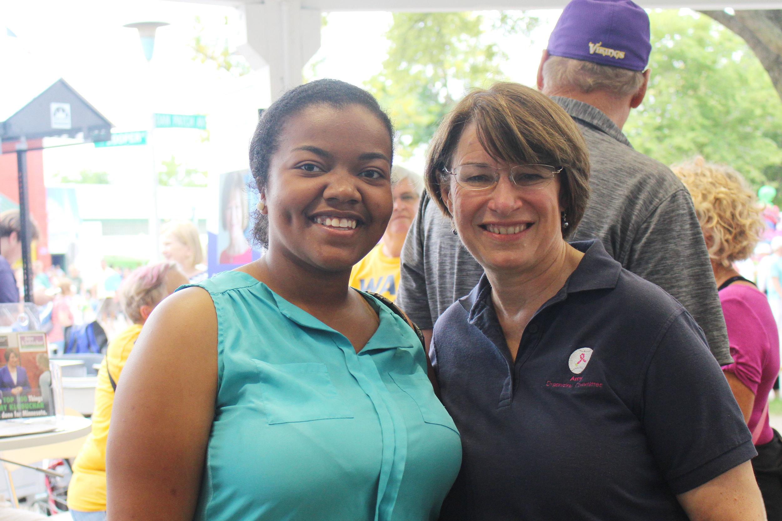 Cheniqua posing for a photo with United States Senator Amy Klobuchar