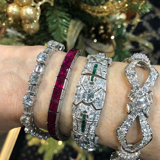 Every girl would adore one more #bracelet! #diamonds #artdeco #handmadejewelry #oneofakindjewelry . . . . . . . . . . . #investment #awesome #beautifulgifts #incrediblejewelry #diamondsareagirlsbestfriend #oneofakindgifts #estatejewelry #emeralds #emeraldbracelet #rubybracelets #burmarubybracelet #tiffanyrubybracelet #tiffanyartdeco #tiffanyestatejewelry