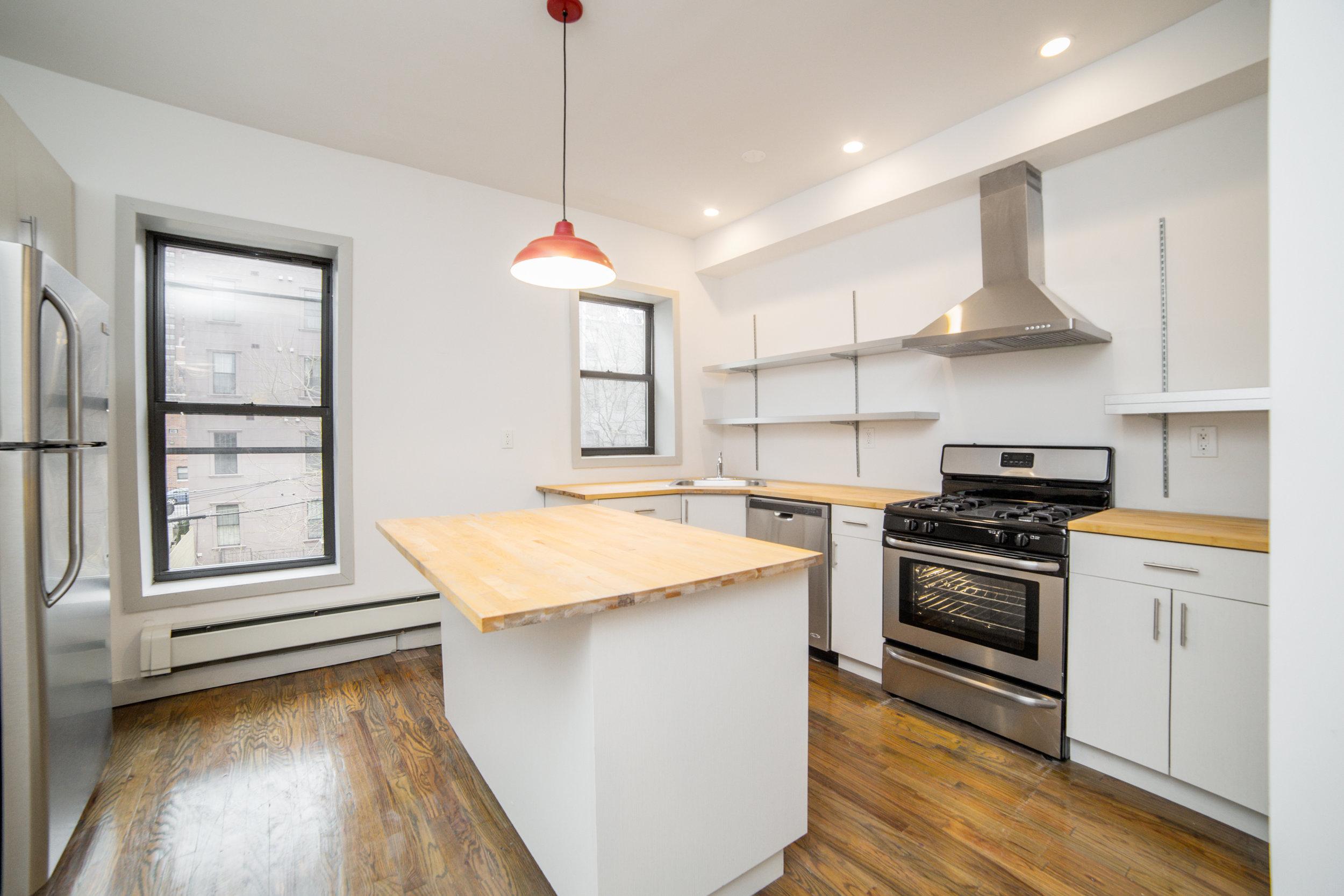 upper kitchen 2.jpg