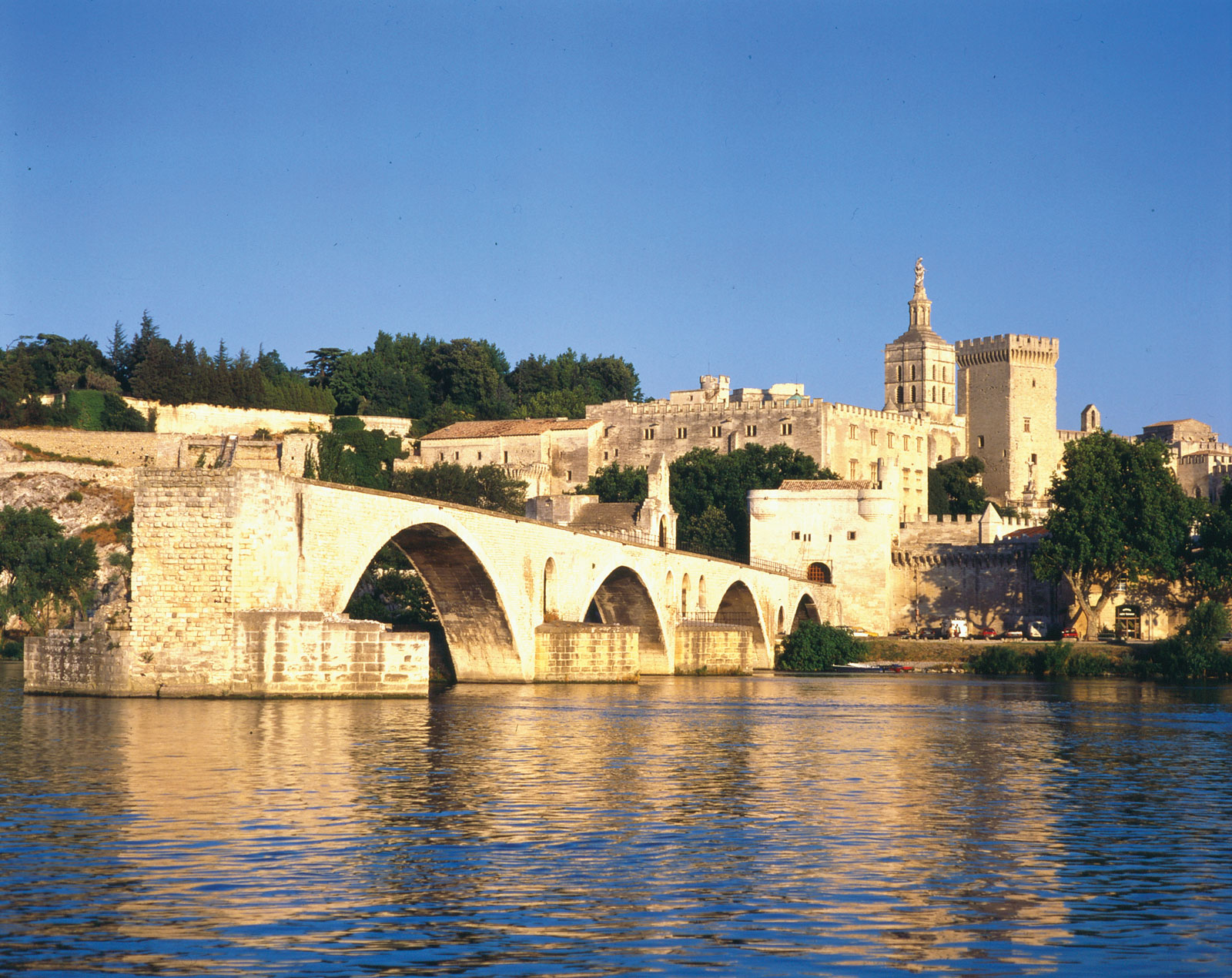 Avignon Bridge 2.jpg