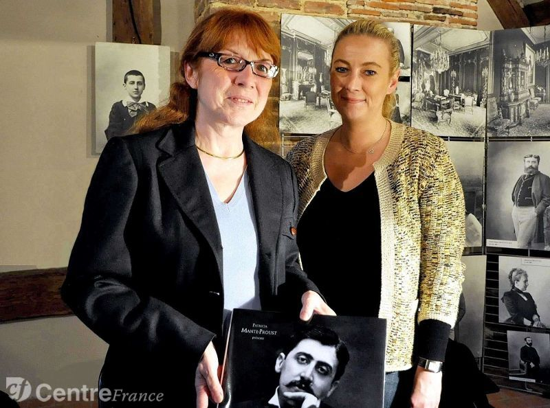Mireille Naturel (left) with Patricia Mante-Proust.