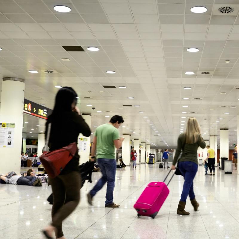 traveling-airport.jpg