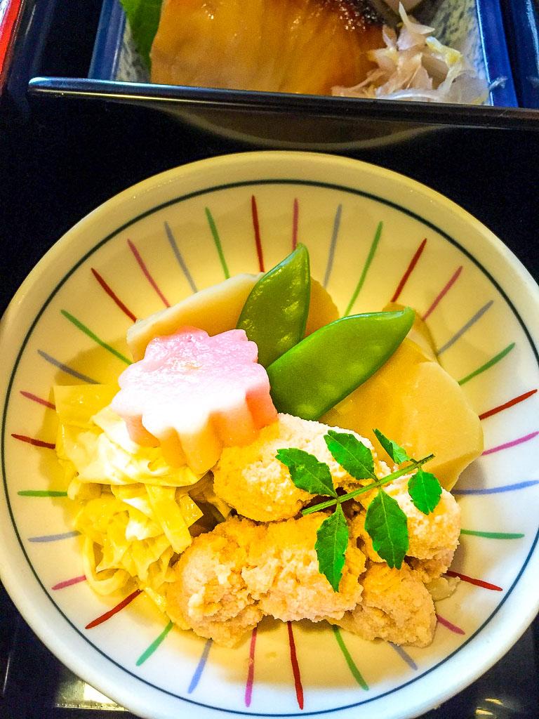 Course 1: Fish Paste + Vegetables, 7/10