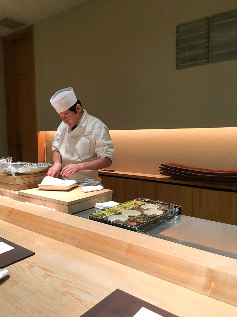 Usuki Fugu Yamadaya Chef's Counter