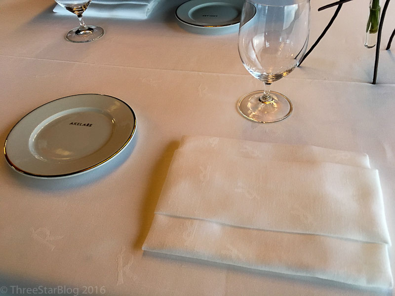 Akelarre Place Setting