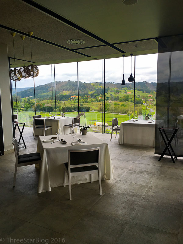 Azurmendi Dining Room