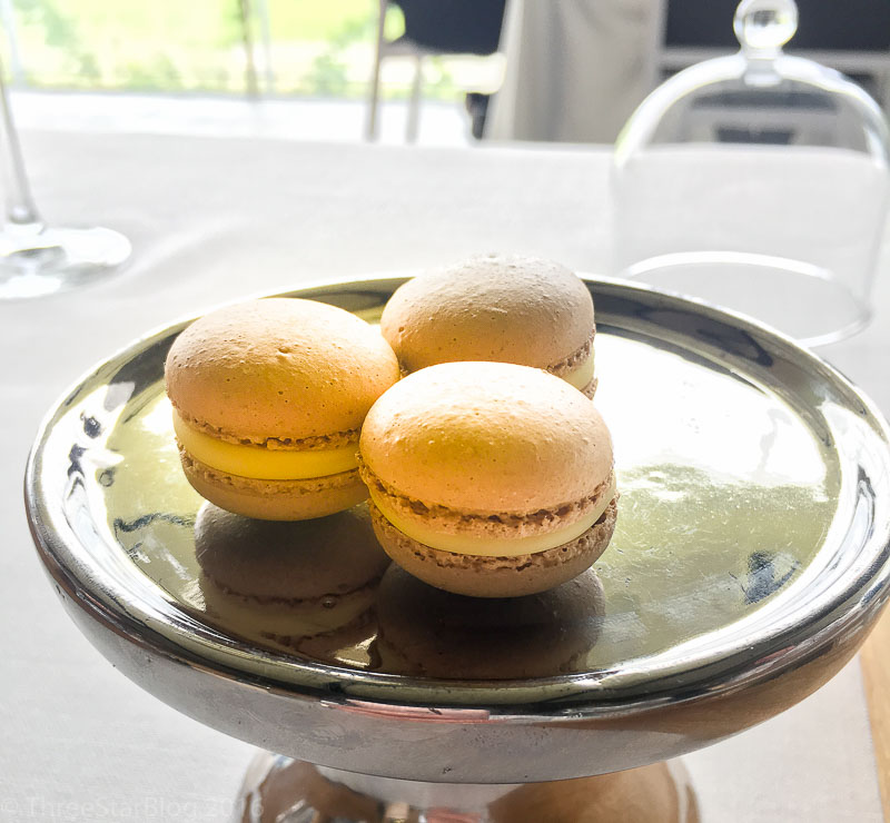 Even more last bites: Macarons, 9/10